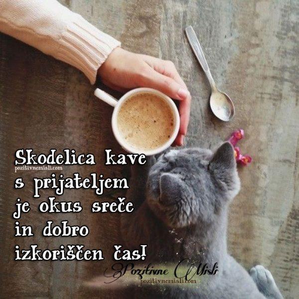 Skodelica kave s prijateljem je okus sreče in dobro  ...
