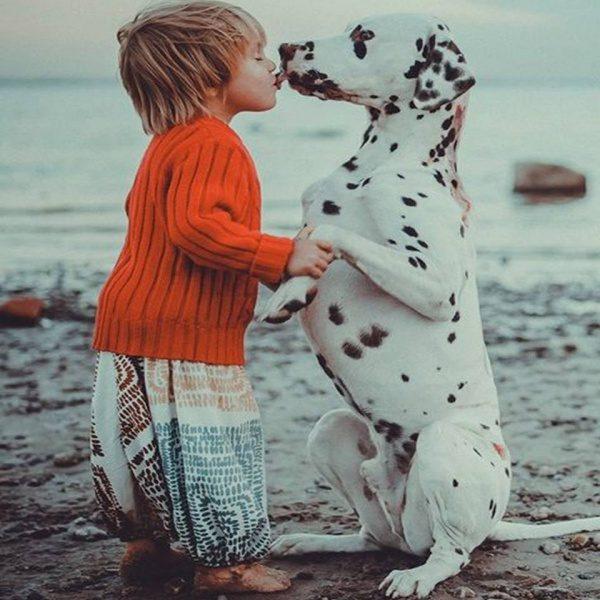 En poljubček na lička