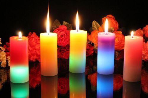 BARVNE SVEČE ZA ZDRAVLJENJE  - pomen barvnih sveč