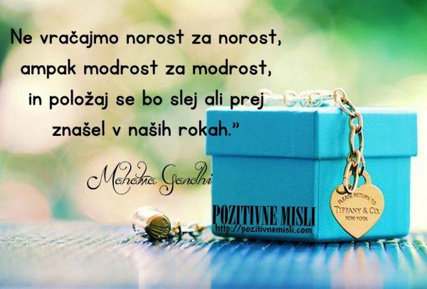 Mahatma Gandhi MISLI - Ne vračajmo norost za norost